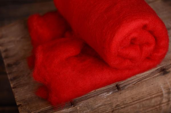 Red natural wool blanket