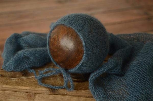 Dark blue mohair wrap and hat set