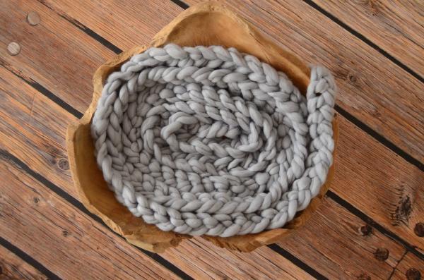 Trenza de lana gris claro