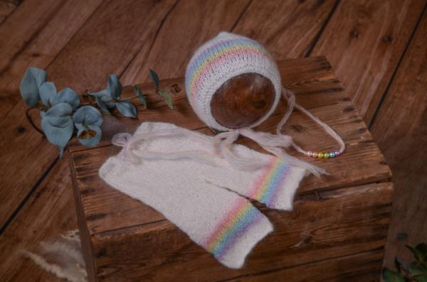 Conjunto de angora pantalón, gorro y diadema de arcoíris