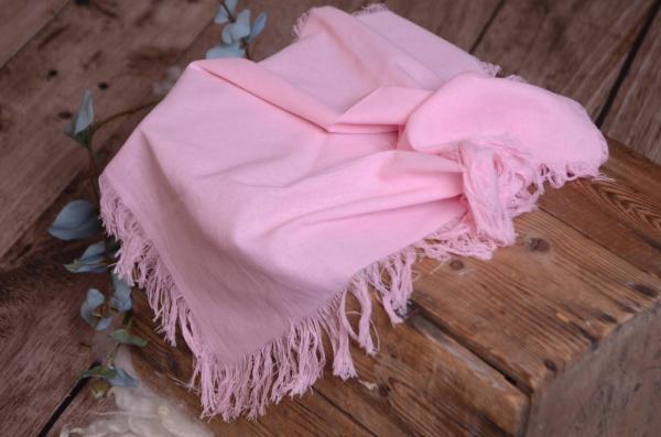 Tissu avec franges rose bébé