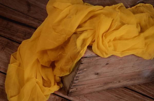Wrap di mussolina giallo uovo