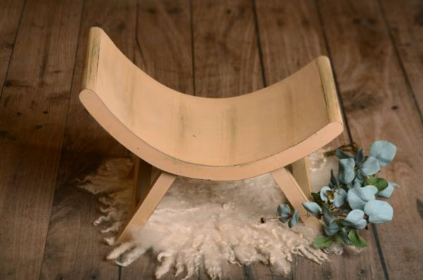 Light brown asymmetrical rustic bench 50 cm