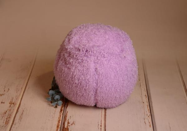 Lilac cover for multiposition puff with feathers