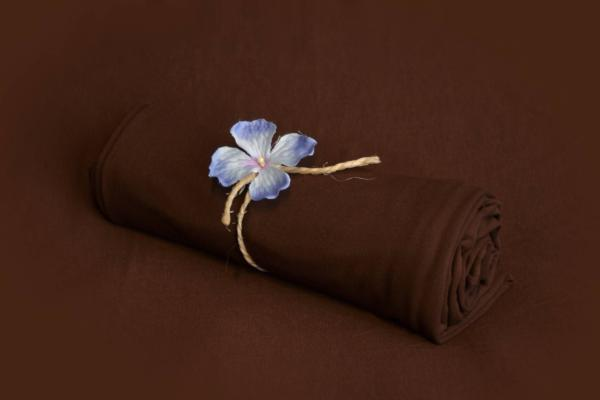 Tela lisa marrón