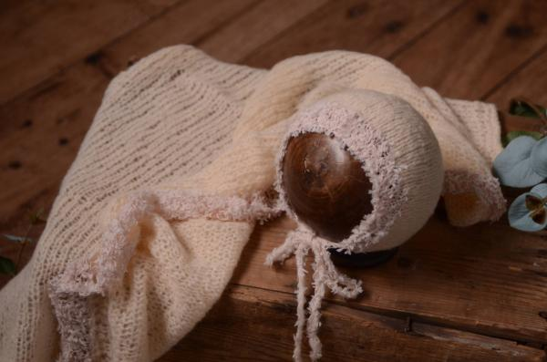 Beige mohair wrap and hat fantasy set