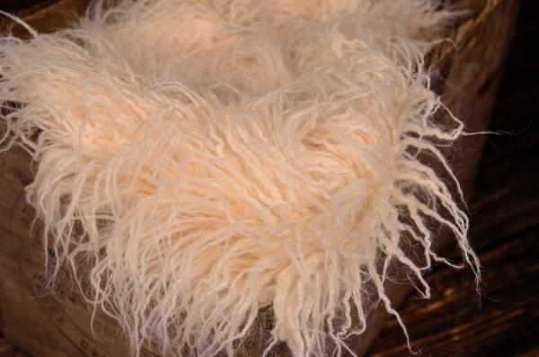 Beige extra long curly hair blanket
