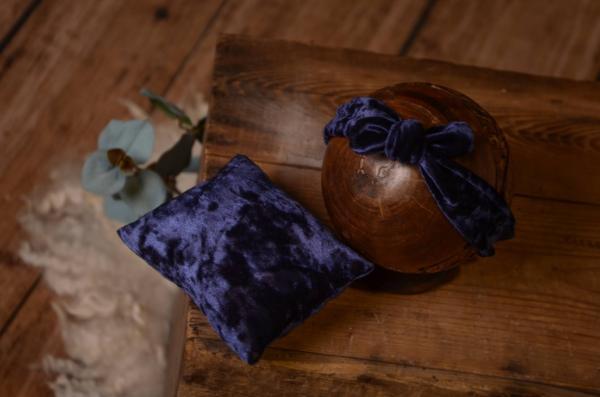 Bandana con minicojín terciopelo azul