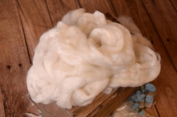 Gekämmte Wolle - cremeweiß