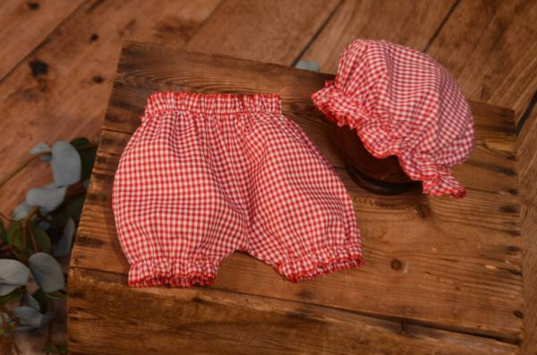 Ensemble pantalon et bonnet de bain rouge