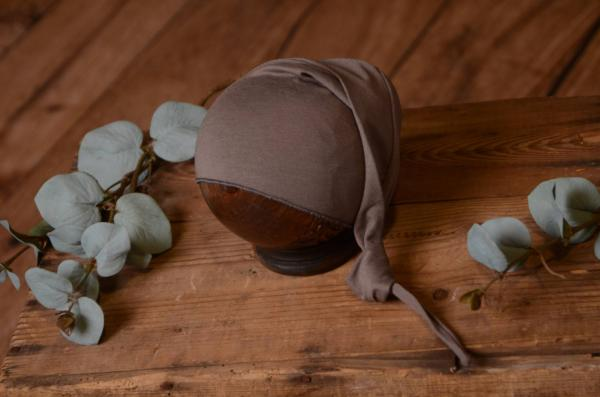 Mink long stitch hat with knot