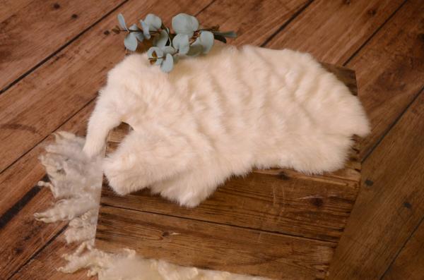 Off-white fur fabric